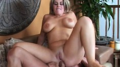 Sexy blonde uses a dildo to drill herself while sucking on a dick