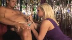 Beautiful blonde Tara Lynn Fox reveals her marvelous handjob talents