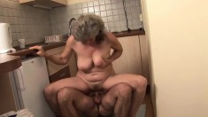 Granny mature amateur blonde