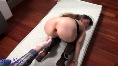 Fetish slut toys her ass and pussy with buttplug and toys