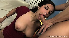 Sexy Caroline Ray is good at satisfying her well-endowed man