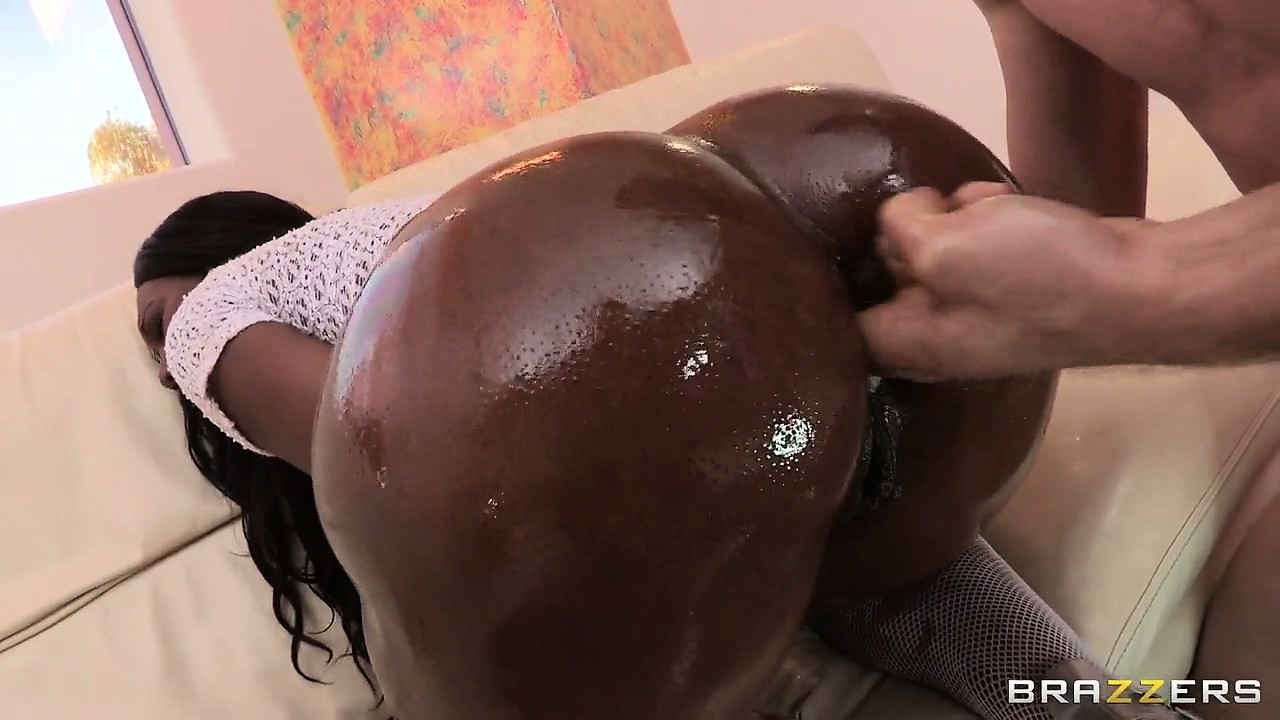 Big Booty Ebony Masturbation